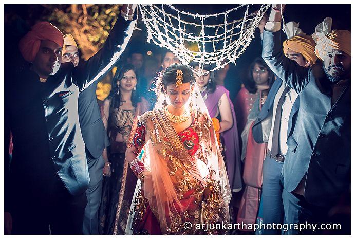 AKP-destination-wedding-photographer-samodh-palace-41