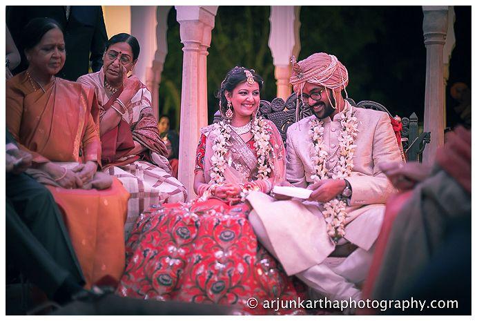 AKP-destination-wedding-photographer-samodh-palace-43