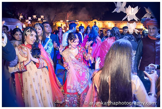 AKP-destination-wedding-photographer-samodh-palace-59