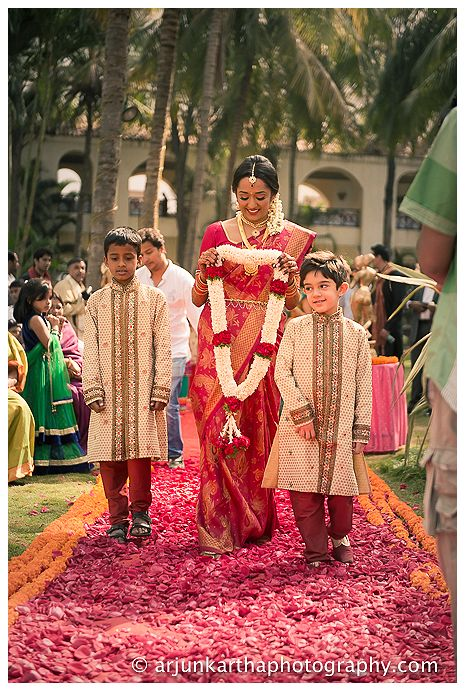 akp-candid-wedding-photography-bangalore-RA-141