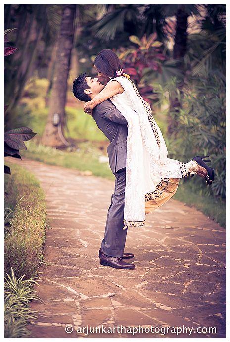 akp-candid-wedding-photography-bangalore-RA-239