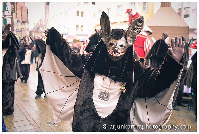 The Narrenzunft Vetter Guser - or brown bats!