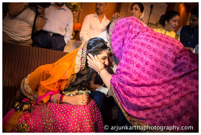 akp-candid-wedding-photography-ka-engagement-28