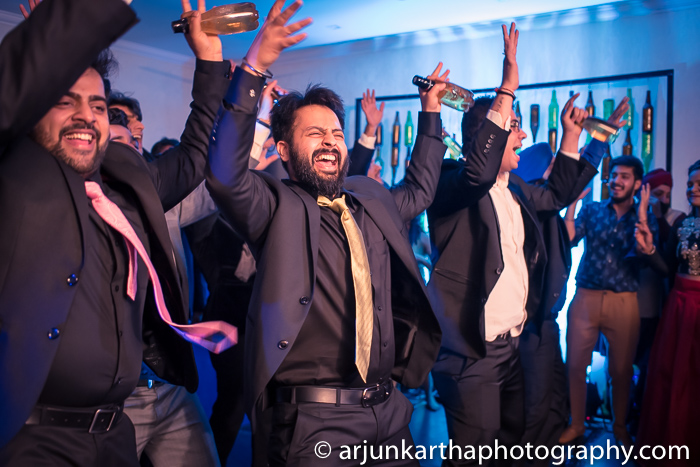 Arjun-Kartha-Candid-Wedding-Photography-Gulveen-Angad-13