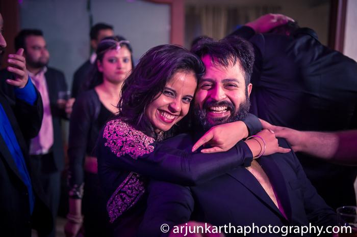 Arjun-Kartha-Candid-Wedding-Photography-Gulveen-Angad-23