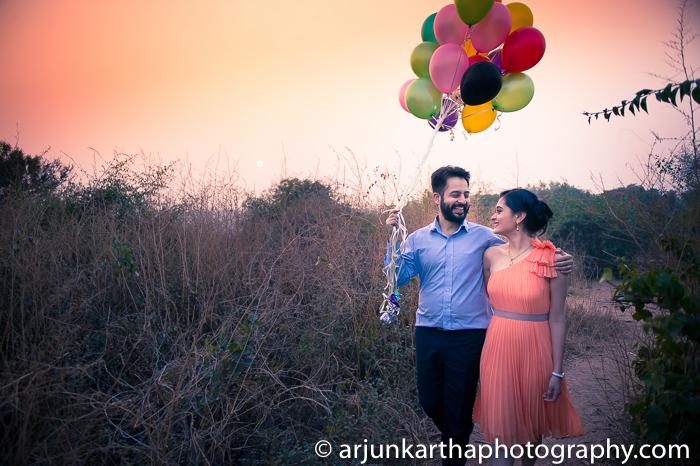 Arjun-Kartha-Candid-Wedding-Photography-Gulveen-Angad-3