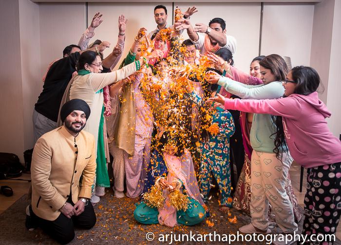 Arjun-Kartha-Candid-Wedding-Photography-Gulveen-Angad-46