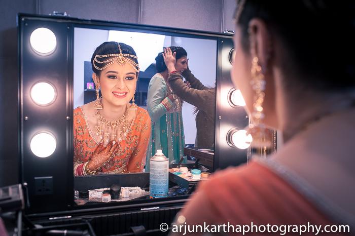 Arjun-Kartha-Candid-Wedding-Photography-Gulveen-Angad-50