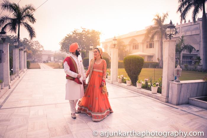 Arjun-Kartha-Candid-Wedding-Photography-Gulveen-Angad-66