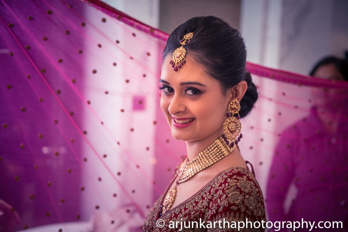 Arjun-Kartha-Candid-Wedding-Photography-Gulveen-Angad-80