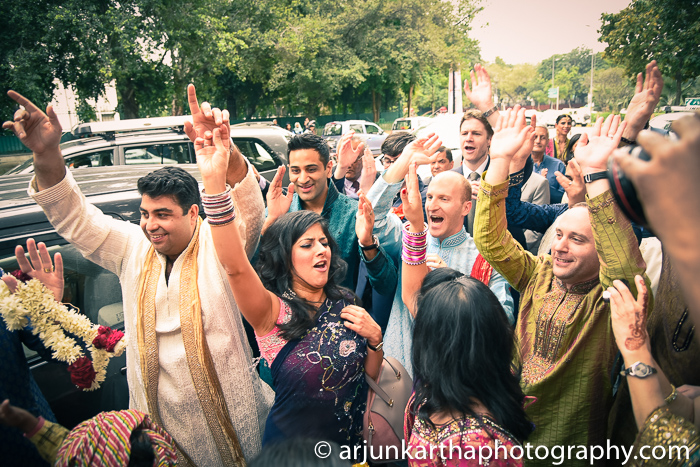 Arjun-Kartha-Candid-Wedding-Photography-Sarika-Avin-107