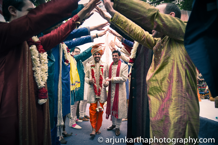 Arjun-Kartha-Candid-Wedding-Photography-Sarika-Avin-117