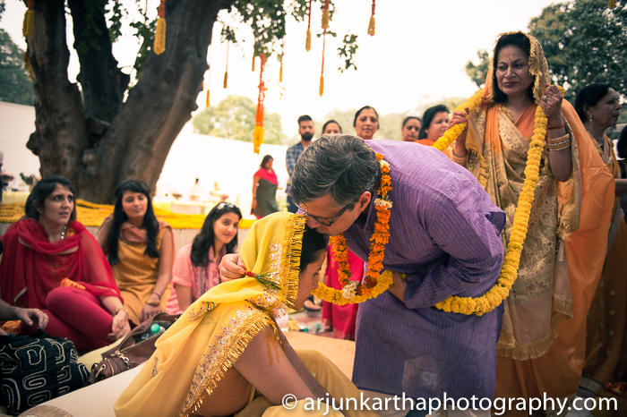 Arjun-Kartha-Candid-Wedding-Photography-Sarika-Avin-43