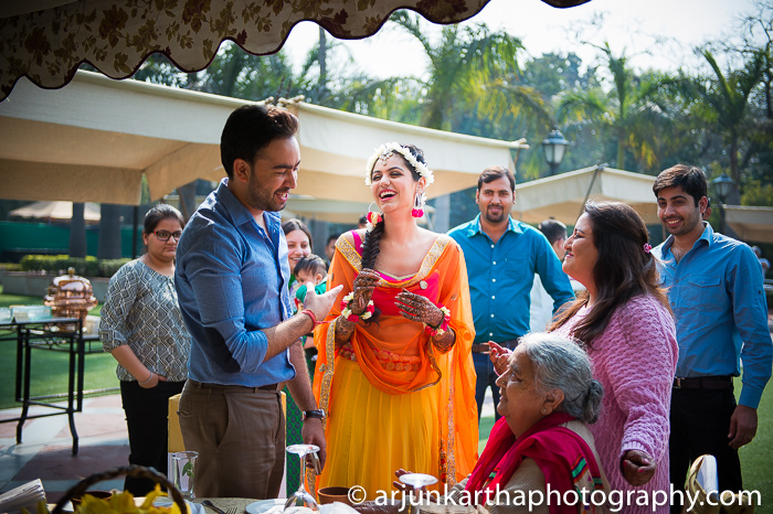 Arjun-Kartha-Candid-Wedding-Photography-Karishma-Aditya-4