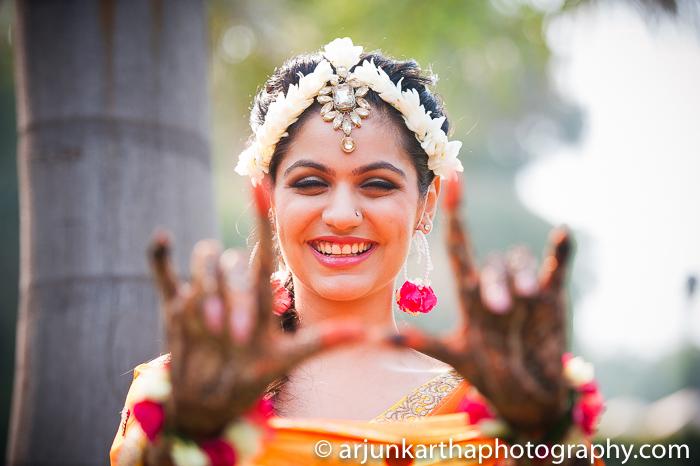 Arjun-Kartha-Candid-Wedding-Photography-Karishma-Aditya-58