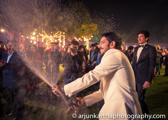 Arjun-Kartha-Candid-Wedding-Photography-Karishma-Aditya-67