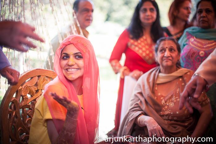 Arjun-Kartha-Candid-Wedding-Photography-Karishma-Aditya-70