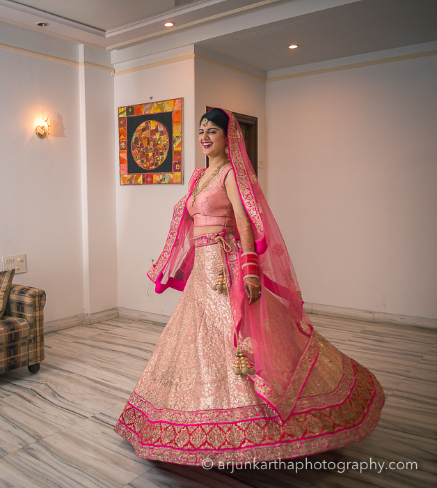 Juhi-Akshay-Real-Wedding-38