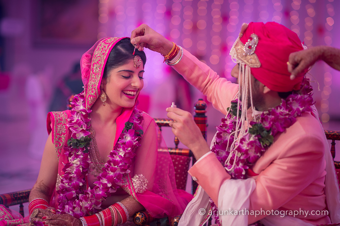 Juhi-Akshay-Real-Wedding-44