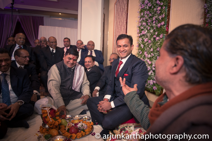 Arjun-Kartha-Candid-Wedding-Photography-Priyanka-Rohan-14
