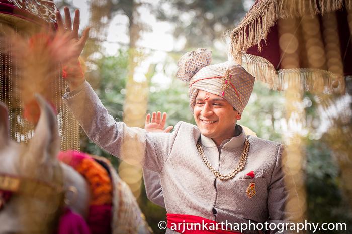 Arjun-Kartha-Candid-Wedding-Photography-Priyanka-Rohan-43