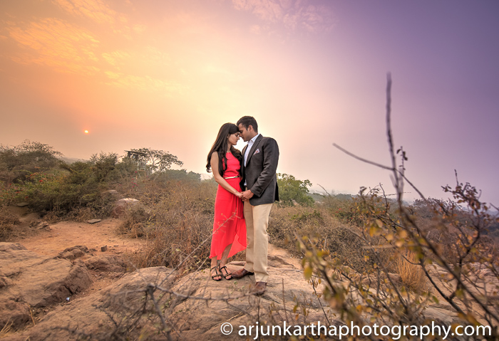 Arjun-Kartha-Candid-Wedding-Photography-Priyanka-Rohan-7