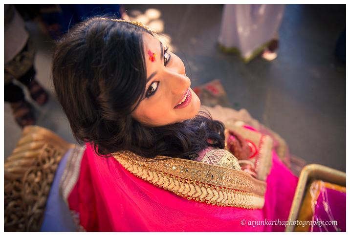 Arjun-Kartha-Candid-Wedding-Photography-Jagmandir-Udaipur-4