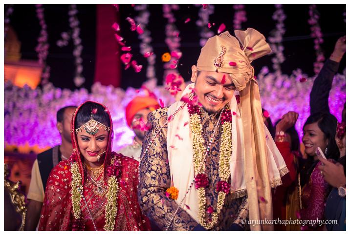 Arjun-Kartha-Candid-Wedding-Photography-Jagmandir-Udaipur-40