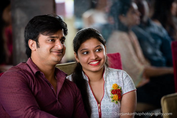 arjun-kartha-candid-wedding-photography-roposo-8