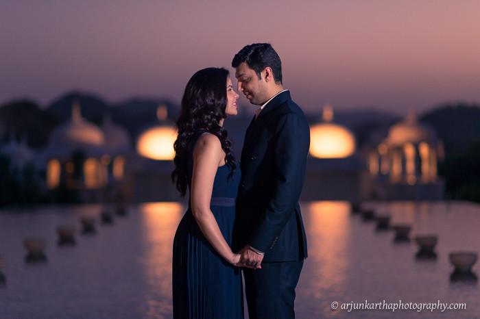 akp-candid-wedding-photographer-destination-couple-shoots-rv-fairmont-jaipur-10