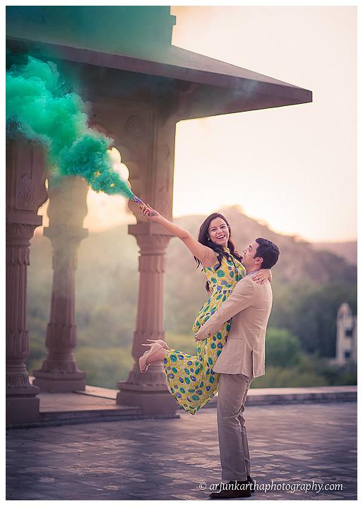 akp-candid-wedding-photography-fun-couple-shoot-5