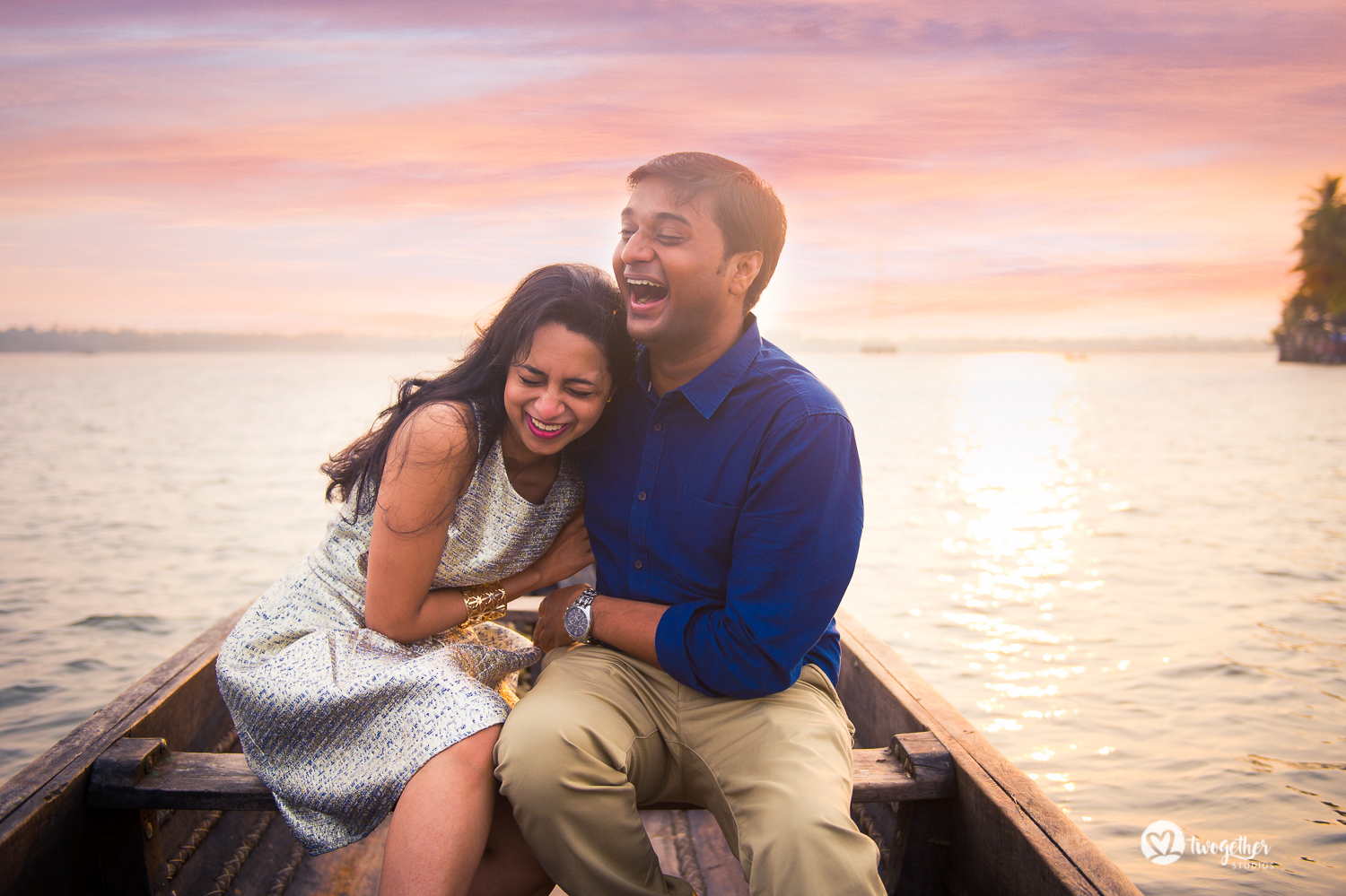 Kochi backwaters destination pre-wedding couple portrait wedding photography