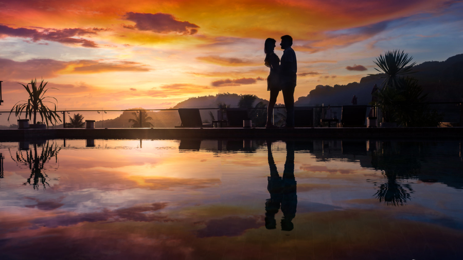 Krabi pre-wedding sunset reflection couple shoot silhouette photography