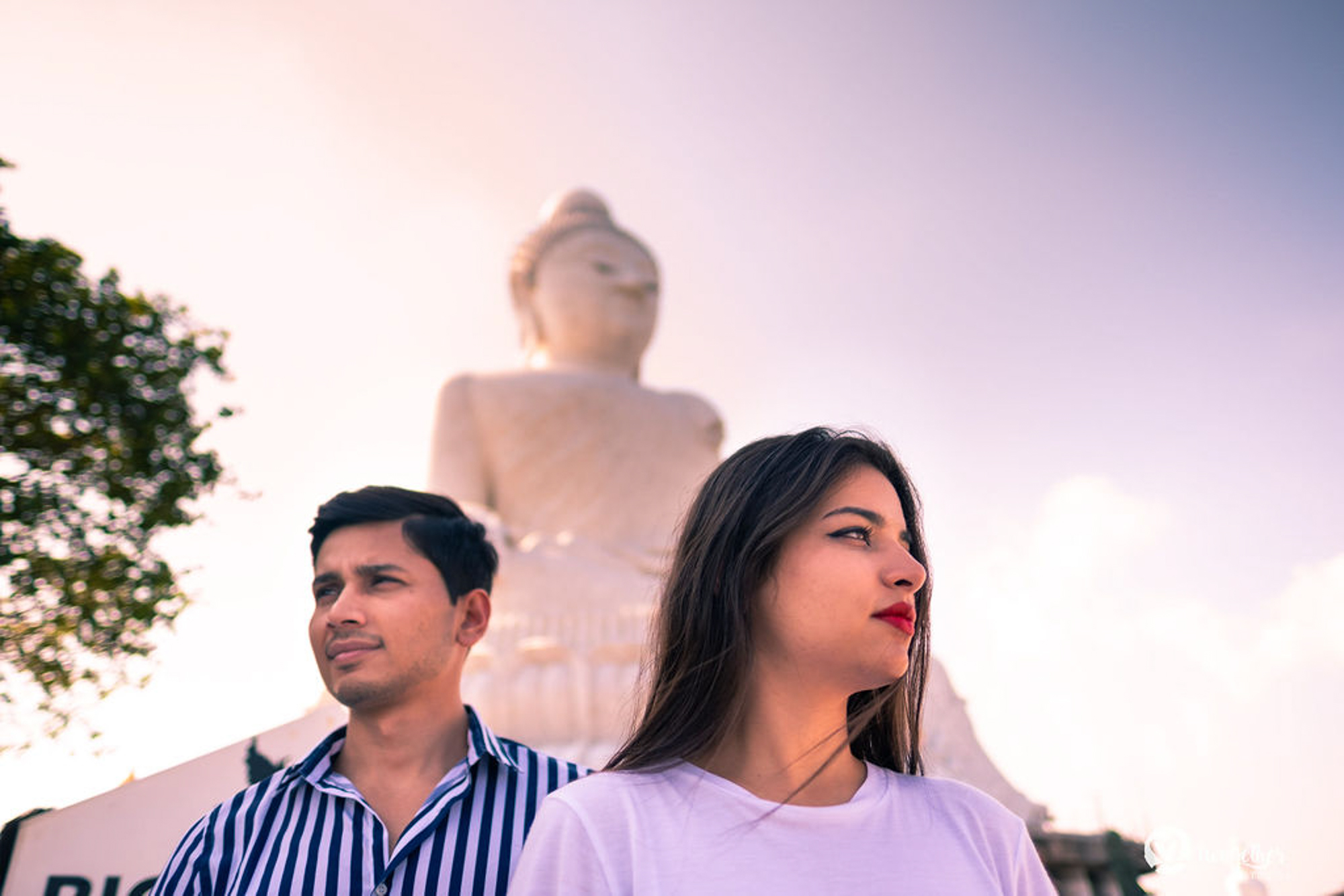 Pre-wedding couple shoot in Phuket's Big Buddha.