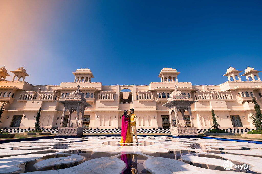 Couple photo at Oberoi Udaivilas in a Udaipur destination wedding