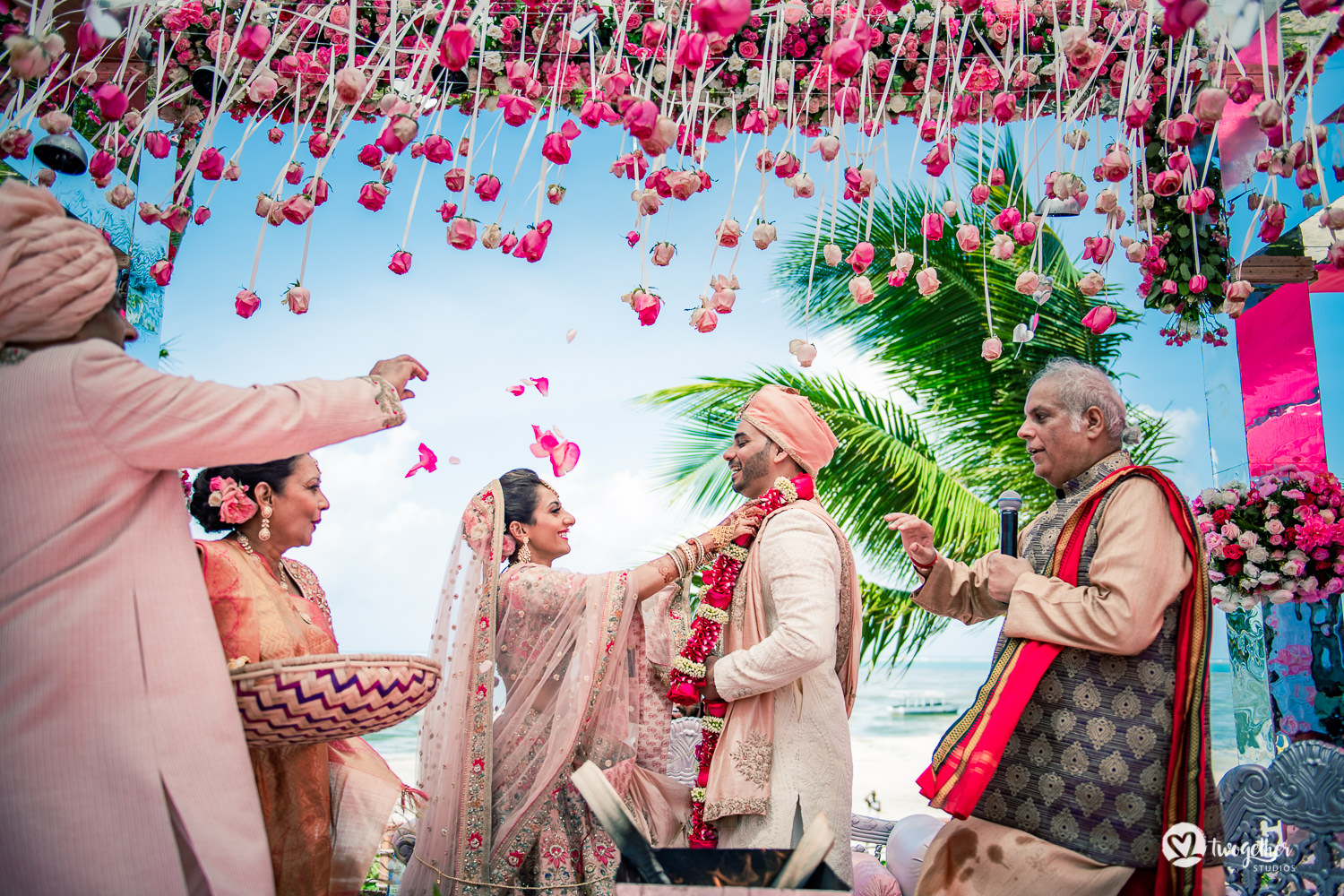 Indian couple exchange jaimala at Kenya destination wedding