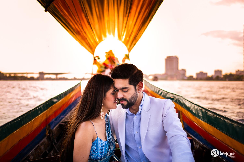 Pre-wedding couple shoot in Bangkok