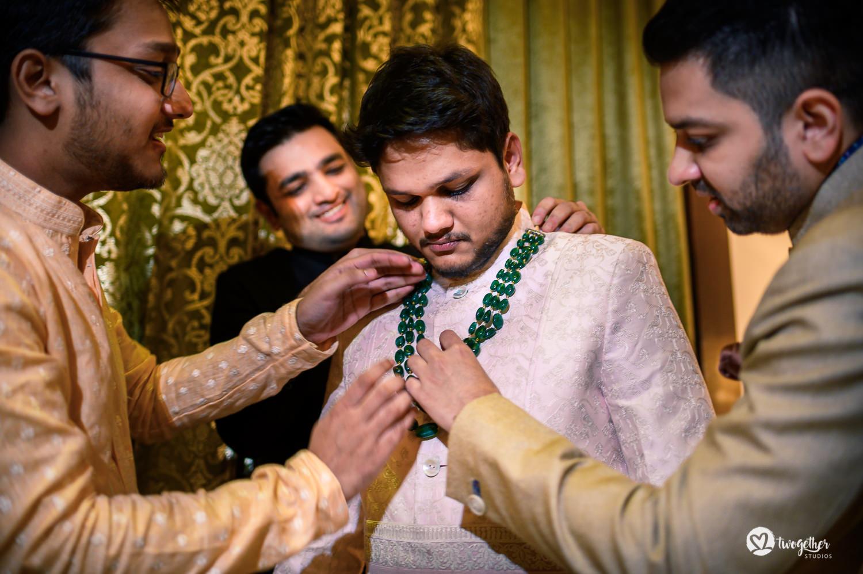 Uma história de fotos de casamento em Jaipur | Shreya + Dakshit 12