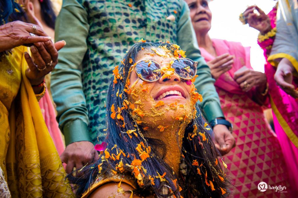 Um casamento de destino Jaisalmer |  Srishti + Rishabh 74