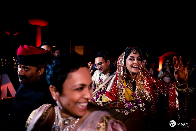 Um casamento de destino Jaisalmer |  Srishti + Rishabh 90