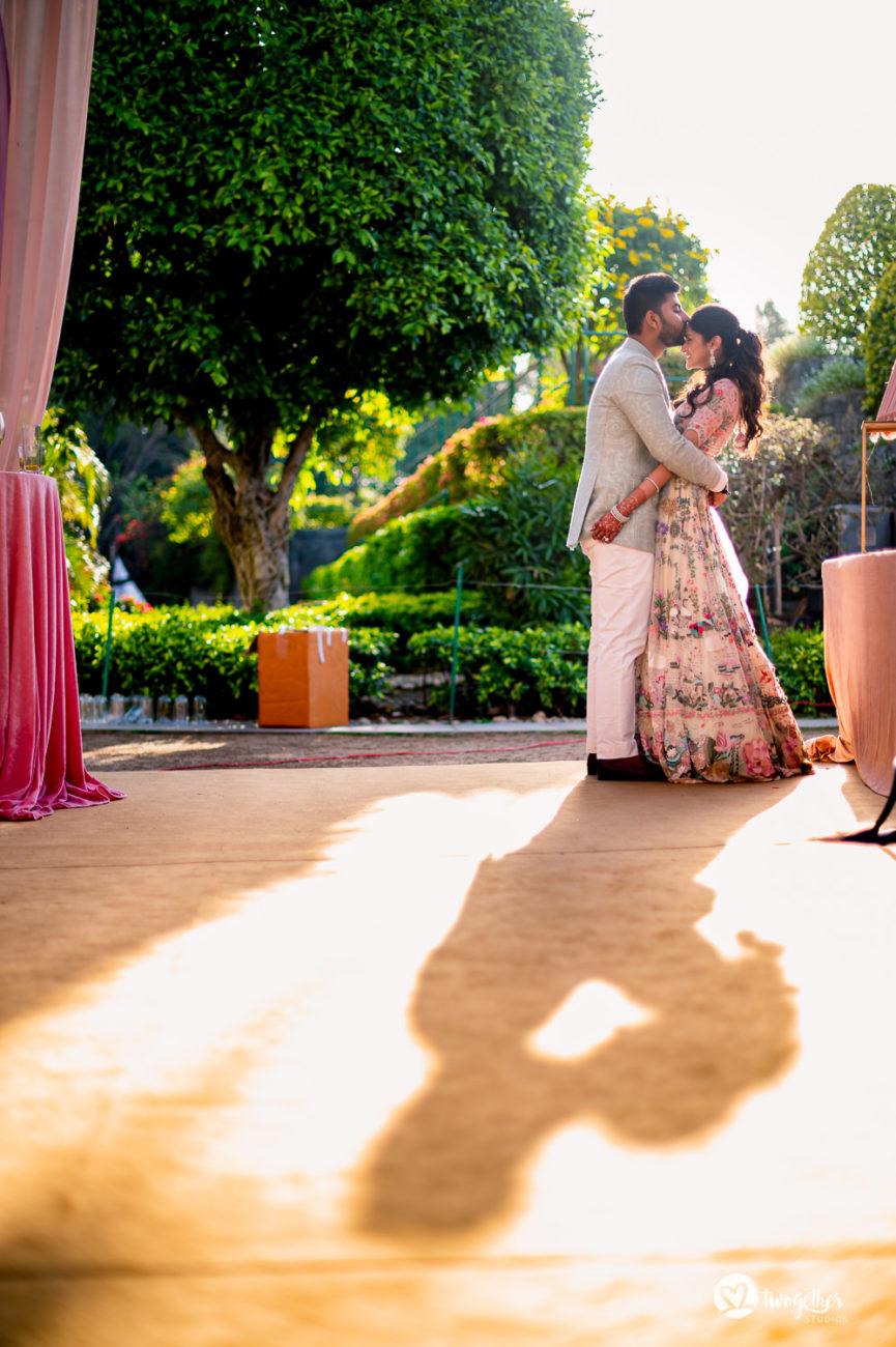 ITC Maurya wedding couple portrait.