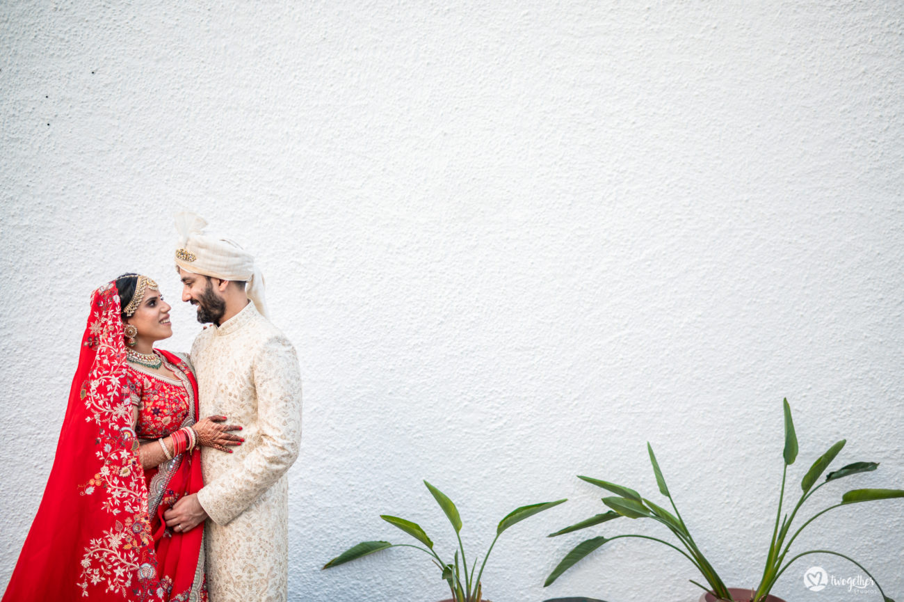 Couple portrait in an intimate wedding.
